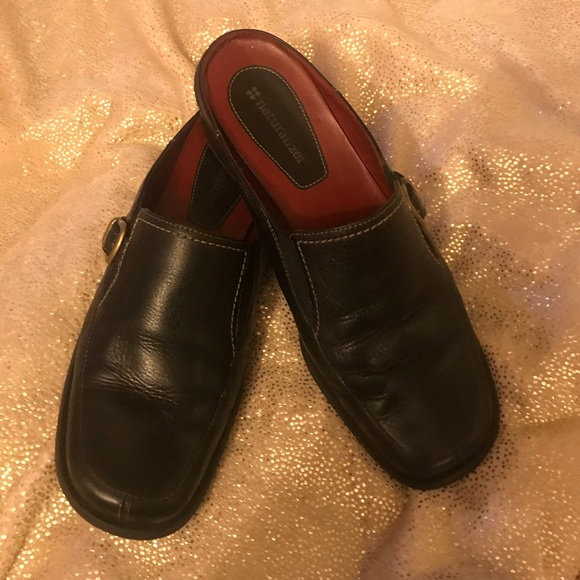 Naturalizer Shoes | Black Leather Mules